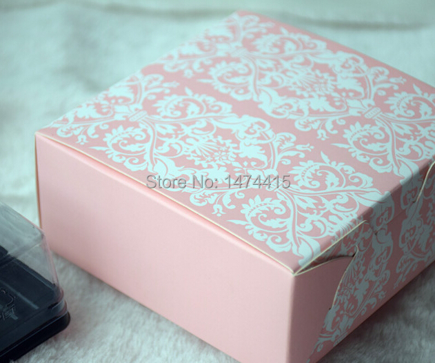 size 11.4*11.4*5cm,4.5''*4.5''*2.0'',Pink cardboard box for Candy Macaron boxes,gift box chocolate packaging cake box(China (Mainland))