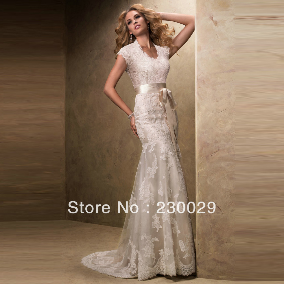 Dhl free shipping champagne color short sleeve wedding for Lace champagne wedding dress