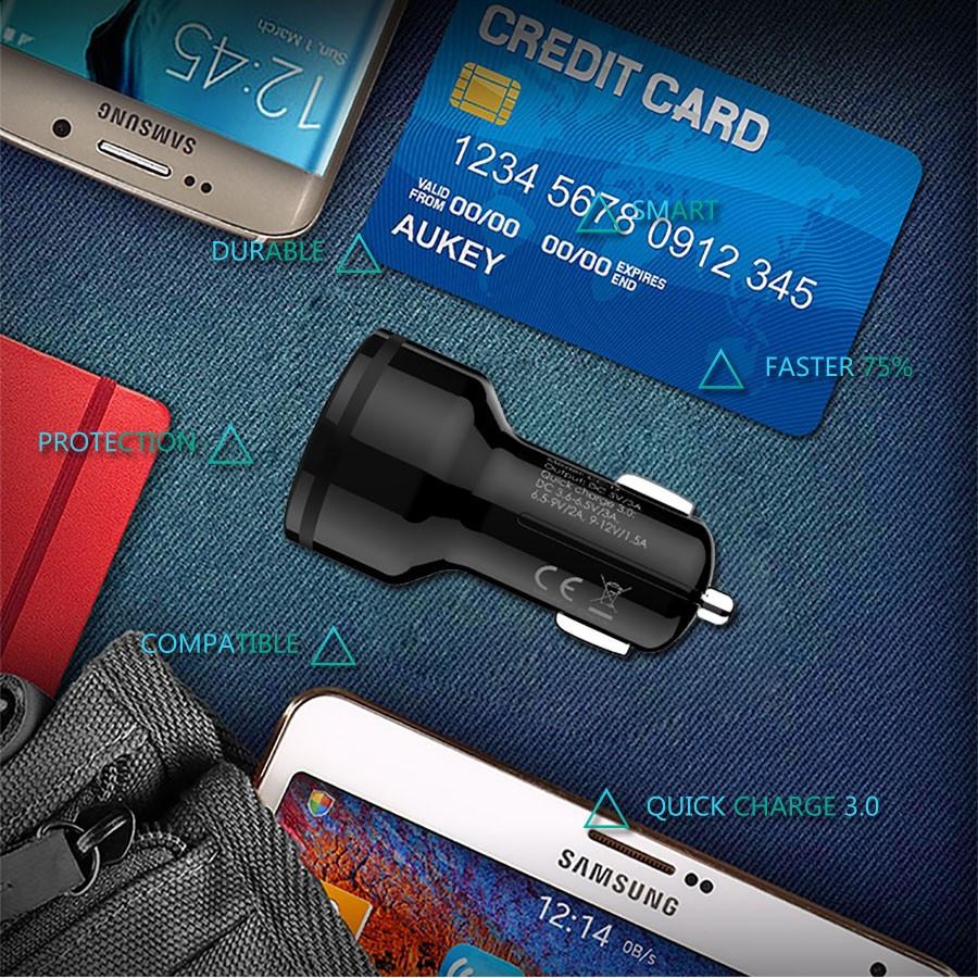 ถูก Aukeyค่าเร็ว3.0รถชาร์จแบบDual Usbบุหรี่อิเล็กทรอนิกส์สากลและที่1ไมโครเคเบิ้ลสำหรับมาร์ทโฟน