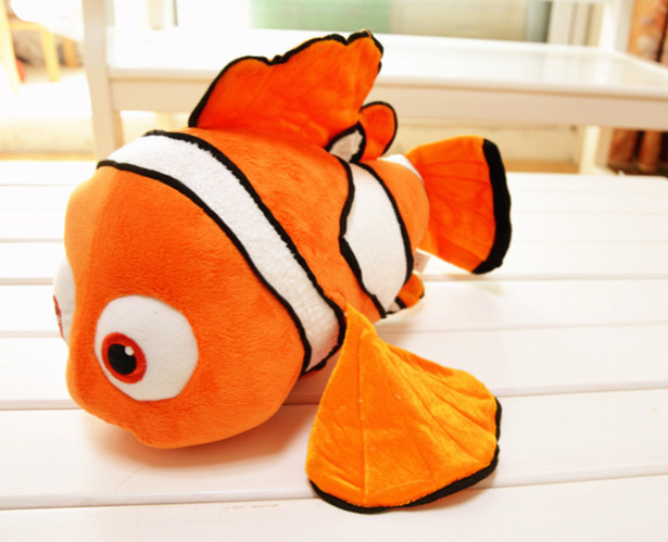 Free shipping small 25cm Nemo plush toys, clown fish Finding Nemo 2 dolls, baby toy, home accessories, children gifts(China (Mainland))