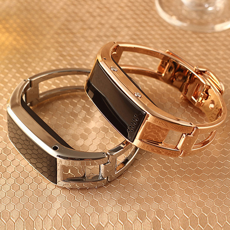 Luxurious Bluetooth Smart Watch Bracelet Intelligent Wrist Golden and Silver Smartwatch with Camera