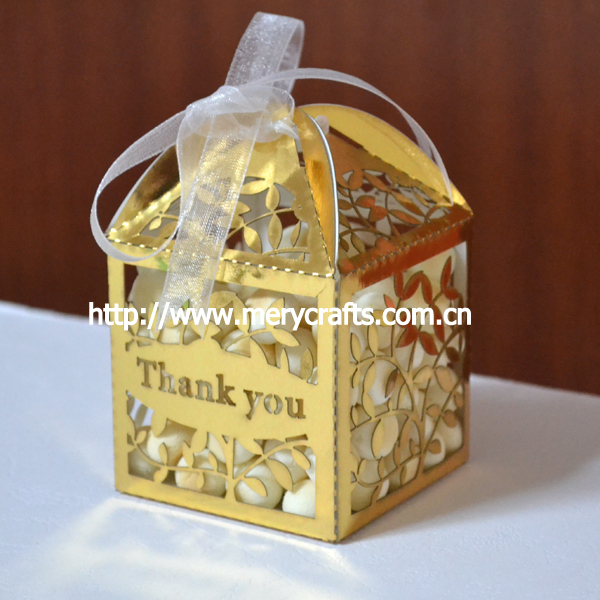 Thanks you gifts bags,thanks giveaways,metallic gold paper laser box for thanksgiving day favor box(China (Mainland))