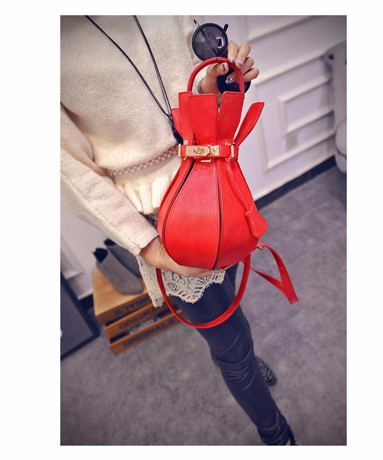 Novel Chic 2016 New Colorful Rucksack Twist Lock Stylish Bottle-shaped Embossing Hand Bag Women Small Designer Shoulder Bag