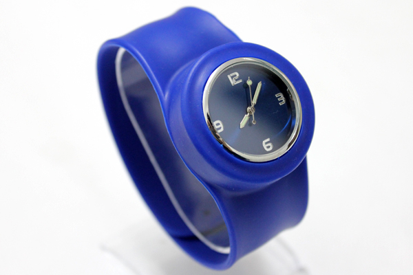 700pcs/lot free shipping adult slap watch High Quality silicone shiny face slap silicone watch each with one opp bag packaging(China (Mainland))