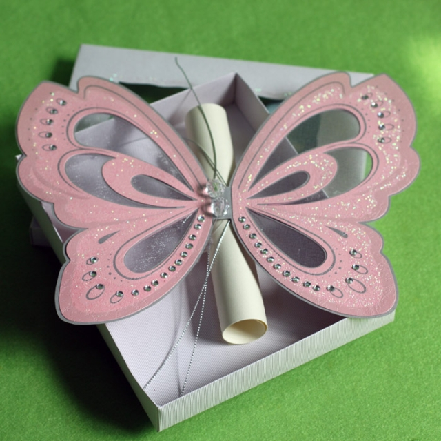 Butterfly Wedding Invitations with Scroll RSVP Card and Paper Box ...
