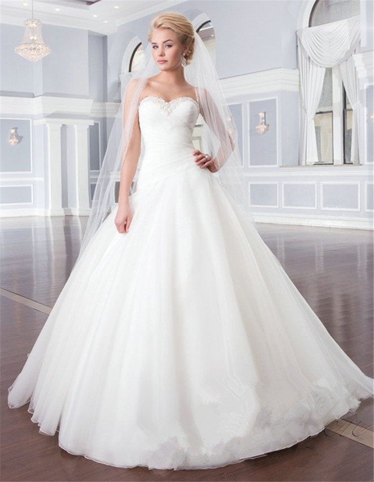 2015Sweetheart Pleated White Casamento Wedding Gown Ruched Simple Ball Gown Wedding Dress Robe