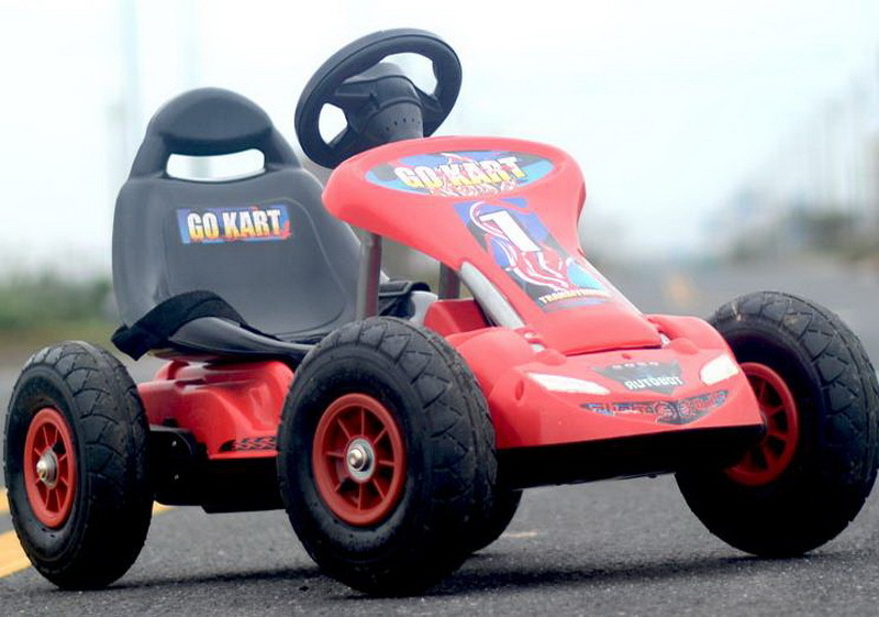 Child outdoor Remote Control toys/Four Wheel Go-kart Can Sit People Toys car / kids Electric Vehicle / CL3004(China (Mainland))