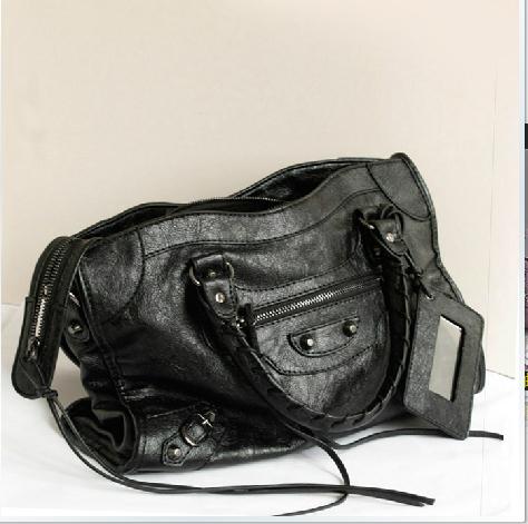 Moti new 2014 paris fashion street beat style oil wax leather tassel handbag ,classic motor handbag of women smiley bag 146(China (Mainland))