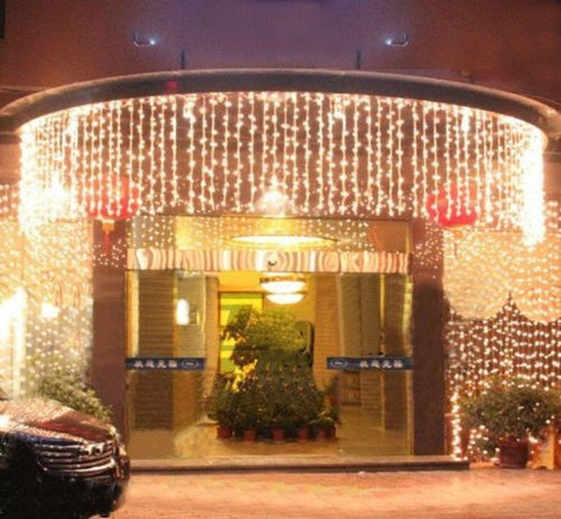 10 x 0.65M 320 LED Outdoor Home Warm White Christmas Decorative xmas String Fairy Curtain Garlands Party Lights For Wedding(China (Mainland))