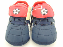 Fashion plaid baby boy blue white football first walkers home shoes infant shoes size 11cm 12cm 13cm(China (Mainland))
