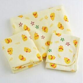 Yellow duck pad 100% cotton baby changing mat leak-proof pads 48*37cm 2pcs/lot(China (Mainland))