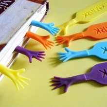 4pcs/lot Creative Help Me Bookmark Funny Books Mark Novelty page holder Stationery Office school supplies Gift(China (Mainland))