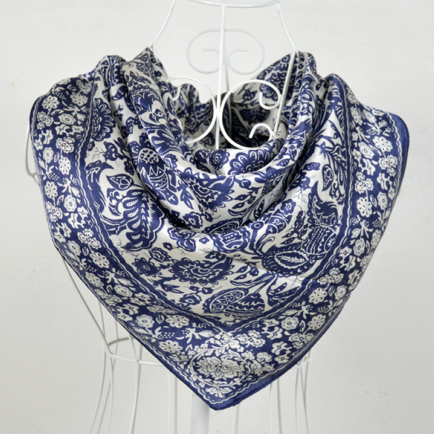 90*90cm White And Blue 100% Mulberry Big Square Silk Scarves Printed,Fashion Hot Sale 100% Silk Crepe Satin Scarf Shawl(China (Mainland))