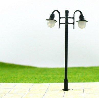 100pcs Free Shipping HO scale mdoel lamp 1/100, copper lamppost for train layout(China (Mainland))