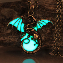 Buy Game Thrones Daenerys Targaryen Dragon Badge Link Chain Necklace GLOW DARK Luminous Dragon Pendants & Necklaces for $4.08 in AliExpress store