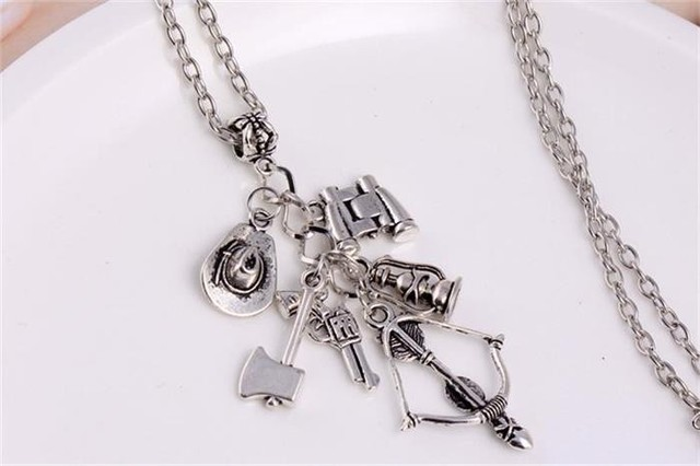 The Walking Dead Alloy Necklace with Weapon Charms