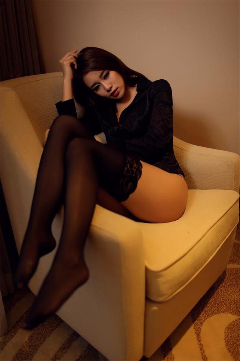 Mb hot pantyhose lady