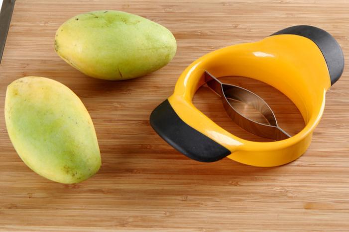 2015 selling High quality stainless steel cut fruit Mango knife Cut mango segmentation quality mango nuclear device(China (Mainland))
