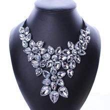 Fashion Crystal Rhinestone Flower Ribbon Power Statement Necklace Pendants Women Jewelry Gift N2530