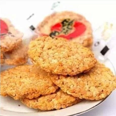 specialty crispy spicy curry crisp flavor glutinous millet is about 18G small package Food Authentic