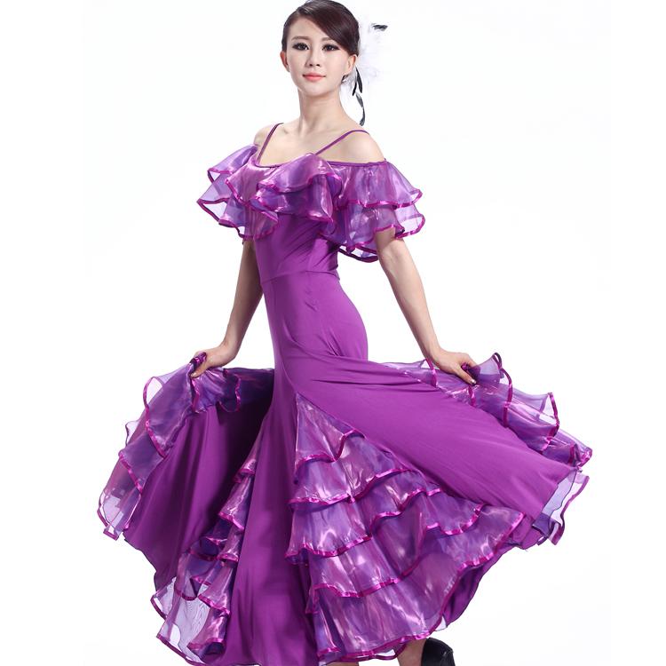 платья открытые со спины