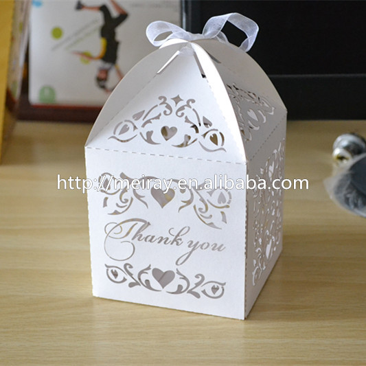 Laser Cut Wedding Favor Boxes Wedding Candy Box Casamento Wedding Favors And Gifts(China (Mainland))