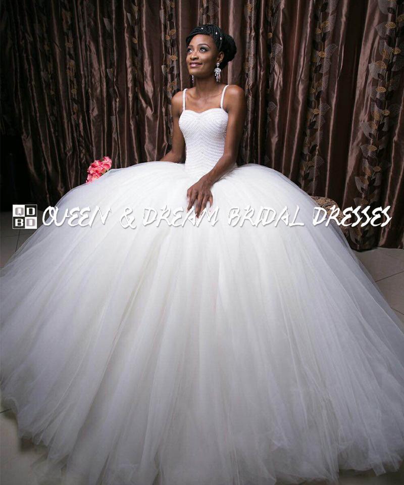 Gorgeous ball gown wedding dress white tulle beaded lace for Big tulle ball gown wedding dress