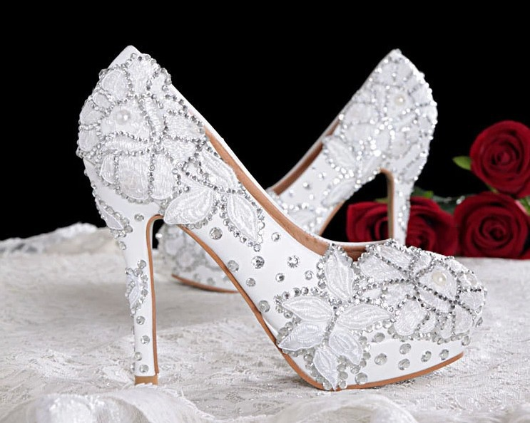 2014 new Crystal princess lace wedding shoes white pearl rhinestone dinner party bridal ultra high heels
