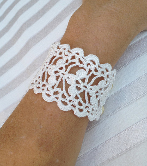 Crochet Lace Cuff Bracelet, wedding accessory, Lace Wrist Cuffs , party accessories, 6pcs/lot