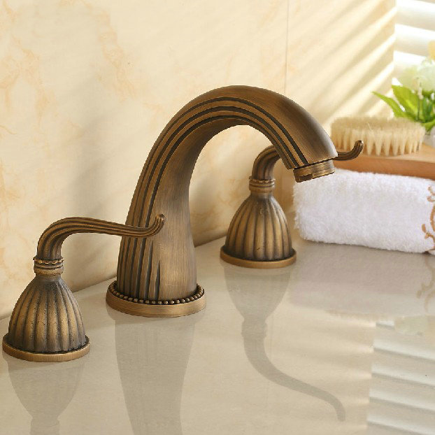 3holes 3pcs faucet set bathroom bathtub basin sink mixer tap antique brass faucets(China (Mainland))