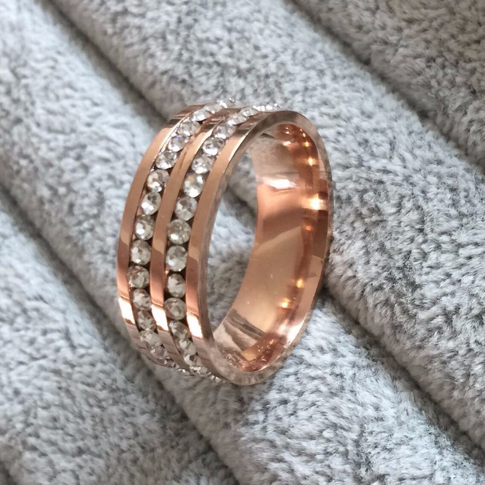 Famous Brand Luxury 18K rose gold Plated CZ diamond Champagne rings Top Classic Design Wedding lovers Ring for Women and Men