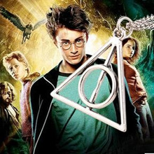 N277 2017 hot Europe necklace Luna Cinema Harry Potter Harry Potter and the Deathly Hallows triangle pendant necklace(China (Mainland))