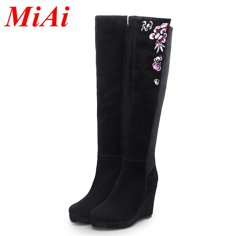 Здесь можно купить  fashion real leather shoes women autumn winter boots wedges heel woman shoes knee high boots black zipper woman long boots shoes  Обувь