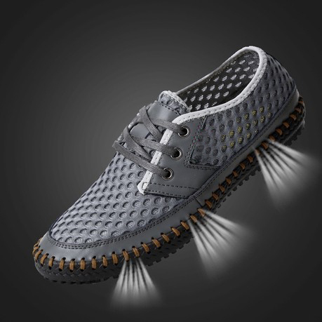 Cheap sell 2015 Men's Summer Sandals,Fashion Casual Sports Sneakers,Breathable Soft Beach Net Surface Loafers Walking Shoes Men.(China (Mainland))