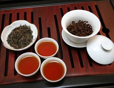 Free Shipping Black Tea 500g Good Quality Keemun From Anhui Province +Free Gift (2 pcs Blooming Tea)(China (Mainland))