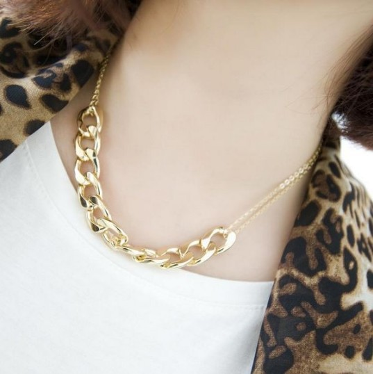 Xl301 2015 New Fashion Jewelry for Women Accessories God Chain Short Chain Necklace Clavicle Simple Choker