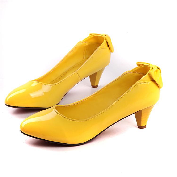 女性のための靴
