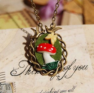 6pcs/lot Creative Zakka Red Mushroom Resin Butterfly Birds Necklace for Women Bronzed Long Necklaces Vintage Jewelry XL066(China (Mainland))