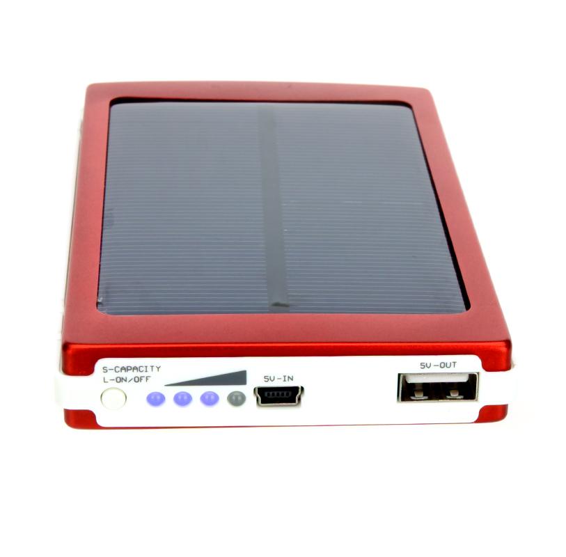 Zonnelader 10000 mah externe mobiele power universele voor iphone voor ipad voor samsung voor nokia smartphones draagbare rood(China (Mainland))