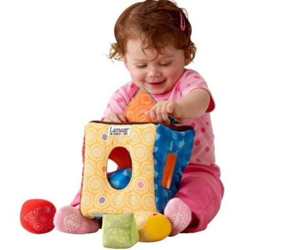 2015 New Brand baby toys multifunctional clutch cube peekaboo hang/bell baby rattles mobile toys for infants education(China (Mainland))