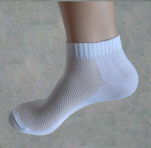 10 pairs Men s socks brand quality polyester casual breathable 3 Pure Colors sports Mesh short