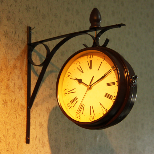 Rustic unique gift clok metal double faced wall clock on
