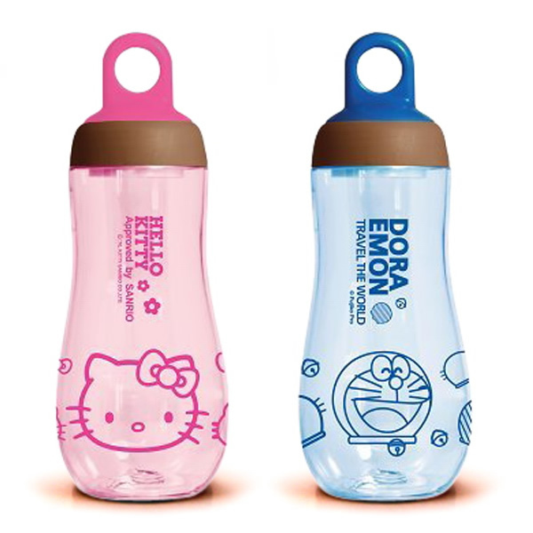 Free shipping 2015 Hot Sale Cartoon Brands Space Cups Plastic Water Bottle with tea infuser Hello kitty Travel Water flask 300ml(China (Mainland))