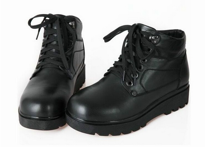 The new men's winter warm cotton boots , USB and plug-in dual heating electric shoes snow boots to go outdoors ,( 488 ) 6.5-10.5(China (Mainland))