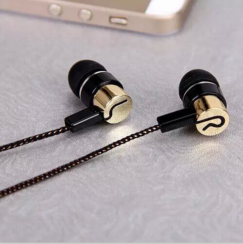Гаджет  Stereo Headphones Noise Isolating 3.5mm Fiber Cloth Line In Ear MP3/4 Wired Headphones Earphone Earbuds Audifonos Fone De Ouvido None Бытовая электроника