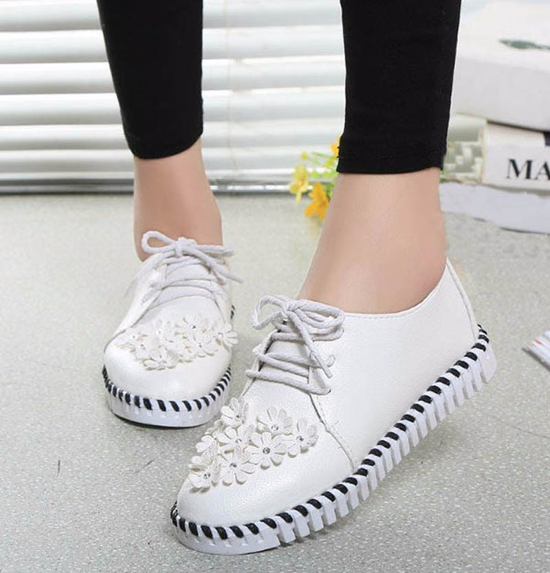 Beautiful Flowers Fashion Chaussure Femme 3 Solid Casual Women's Shoes Good Quality Novelty Women(China (Mainland))
