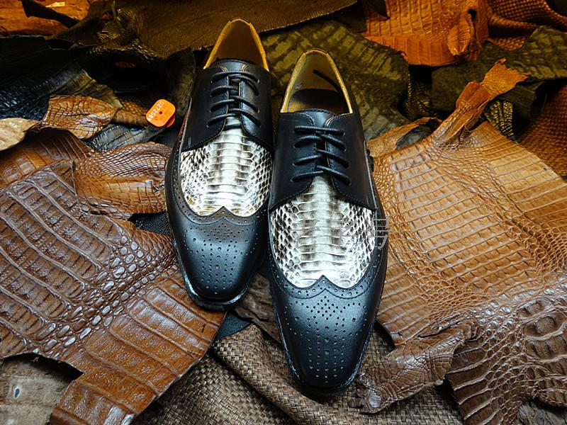 Goodyear handmade genuine leather men shoes, leather high-end mens business pointed shoes imported wild snake custom shoes<br><br>Aliexpress