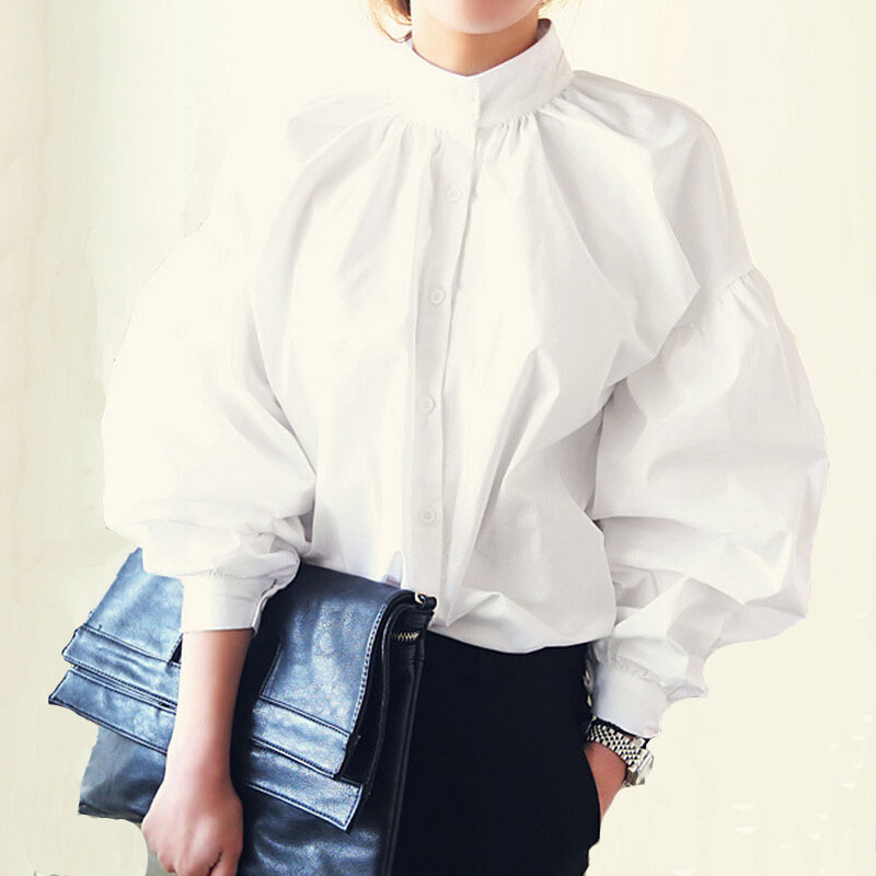 Beautiful blouses in the finest organic cotton provide year-round style and elegance. From crisp button-up shirts to silk blouses that drape beautifully — our women's shirts and .