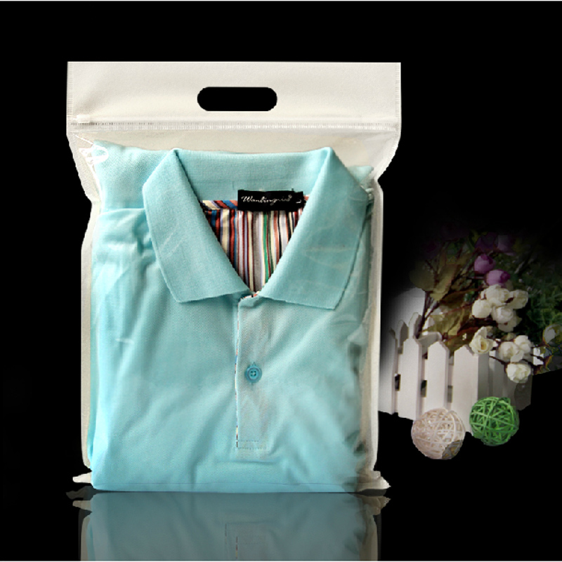 50pcs/lot 30cm Width *35cm High +5cm Half Clear + Half White Non-woven Bag Clothes Packaging Zipper Bags Wholesale(China (Mainland))