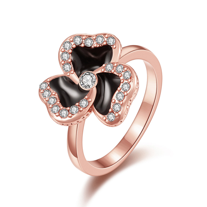 Female Luxury Party Ring With Crystal Rose Gold Plated Black Epoxy Clover Flower Rhinestone Wedding Finger Rings For Women(China (Mainland))